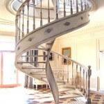 Деревянные и металлические винтовые лестницы