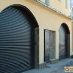Рольставни на двери: их разнообразие и конструктивные особенности