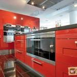 Кухни со встроенной бытовой техникой: их особенности