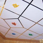 Как использовать пенопластовые плиты для потолка?