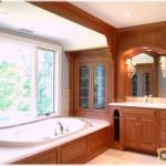 Встроенная ванная мебель — её типы, советы по размещению