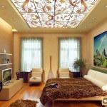 Стеклянные подвесные потолки: их разнообразие и особенности