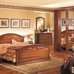Как расположить мебель в спальне?