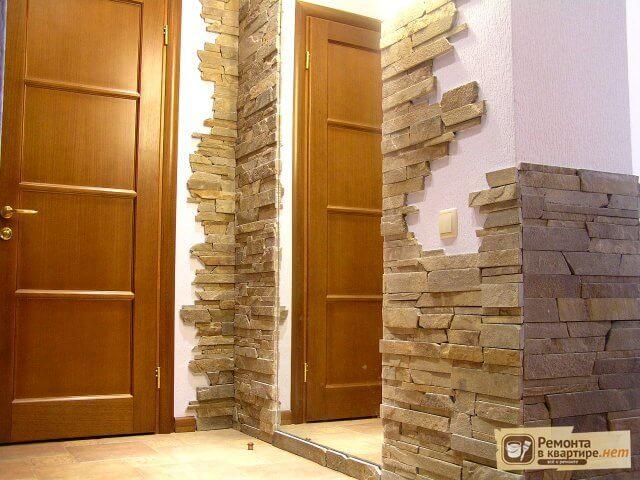 отделка входной двери камнем облицовка двери искусственным