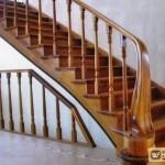 Перила для лестниц из металла и дерева