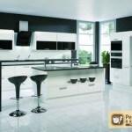 Черно-белый кухонный гарнитур. Его особенности, сочетания