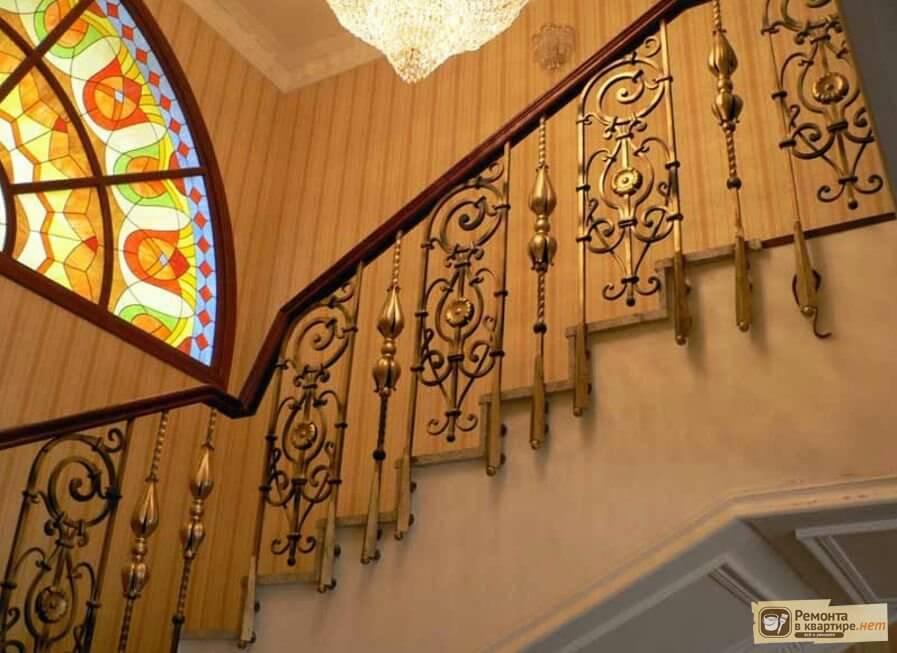 Литые балясины для лестниц - перила из искусственного камня